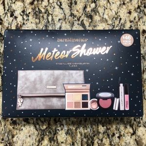 NWT Bare Minerals Makeup Kit With Bag